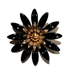 Sarah Coventry Black & Gold Flower Brooch